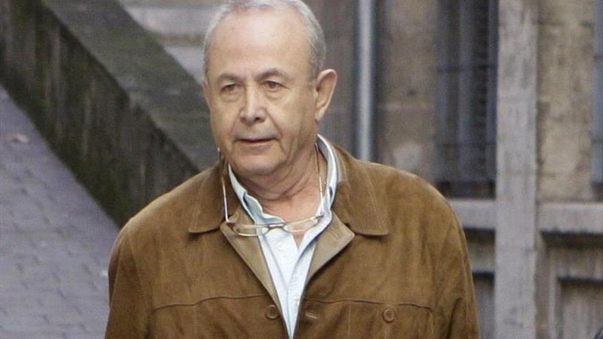 El juez Castro interrogará a De Santos sobre la presunta financiación ilegal en la sede del PP
