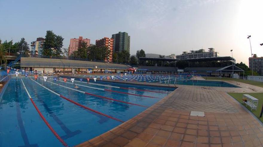 El Ayuntamiento de Santa Cruz confía en abrir la piscina Acidalio Lorenzo a mediados de octubre