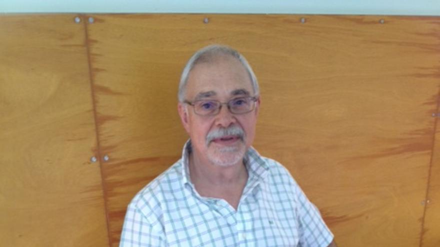 El profesor universitario, Pablo Navarro, recién jubilado