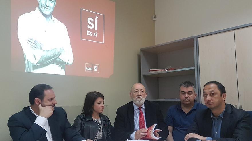 """Equipo de Sánchez avisa que una """"demostración de fuerza"""" puede tener una """"consecuencia contraria a lo que se pretende"""""""