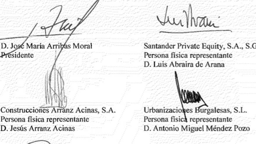 Algunas de las firmas de las cuentas de 2012  del Hospital Universitari de Burgos