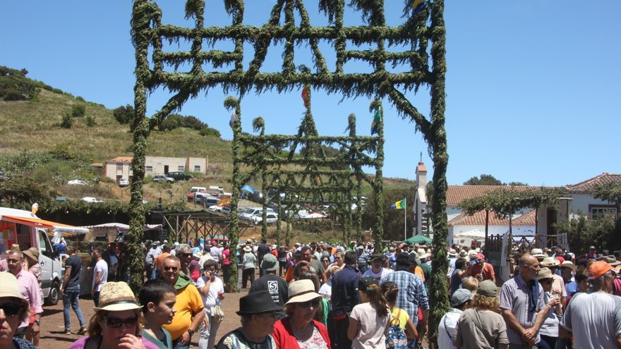 Miles de personas se han dado cita este sábado en San Antonio del Monte.