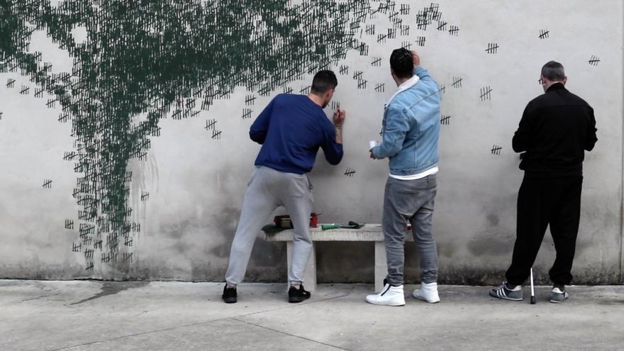 El Dueso acoge el último proyecto artístico de Pejac, 'Mina de oro'