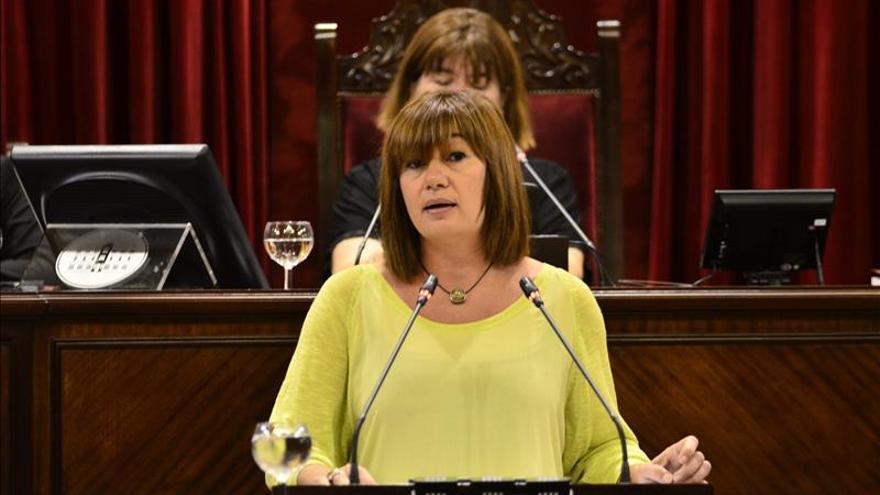 La socialista Francina Armengol, primera presidenta de Baleares