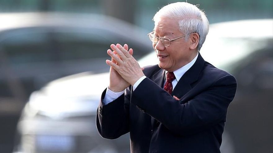 El presidente de Vietnam llama a prepararse para la defensa de la soberanía