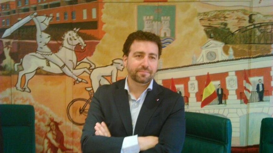 Pedro del Cura (IU), elegido nuevo alcalde de Rivas (Madrid) tras la marcha de José Masa