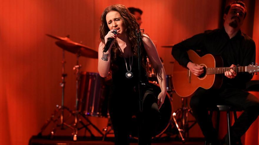 La imitadora de Malú en 'Tu cara' también suelta su 'gallo' tras Eurovisión