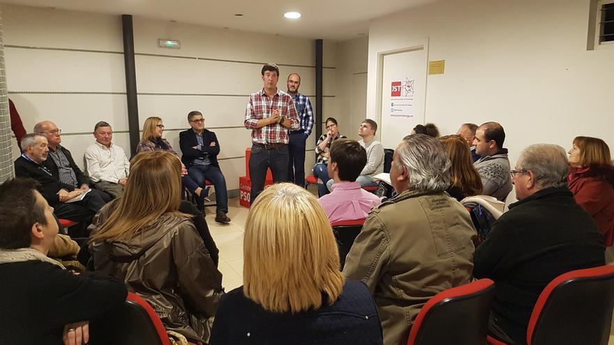 Bustillo quiere reforzar el PSOE de Torrelavega para luego recuperar el voto