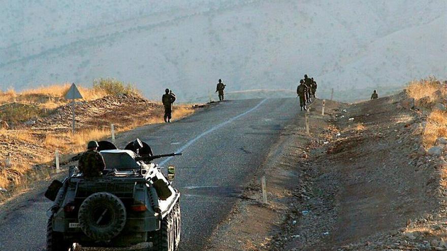 Al menos tres soldados y cinco miembros del PKK mueren en enfrentamientos