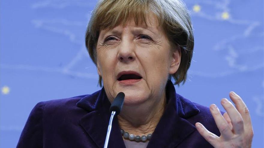 Merkel: un cambio del Tratado UE por Reino Unido solo se haría en el futuro
