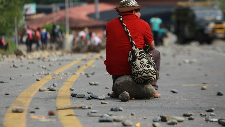 Los bloqueos por las protestas, otro golpe a la economía colombiana