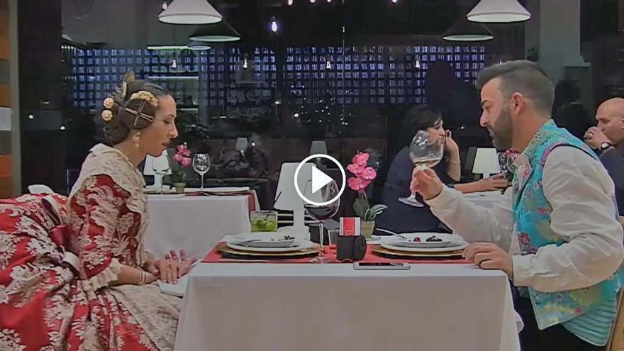Alicia y Tino en un momento de la cita que mantuvieron en el programa 'First Dates'