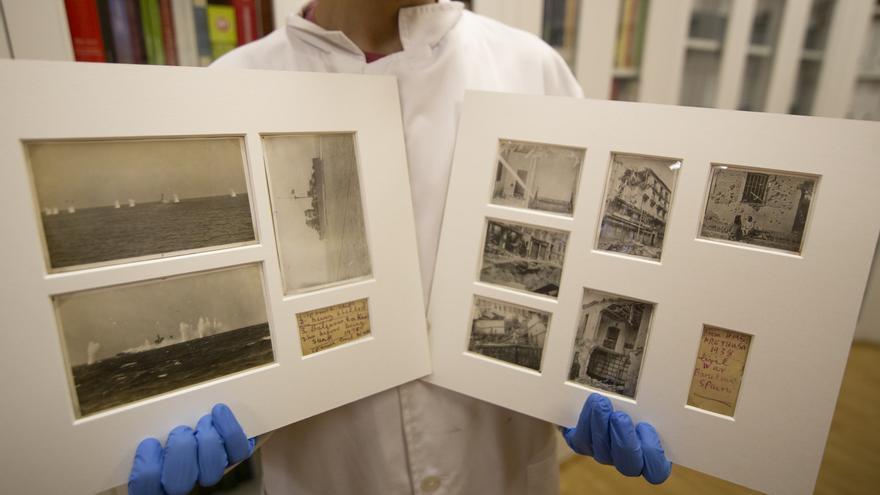 Las nueve fotografías preservadas en un paspartú
