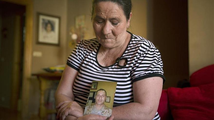 Madre de cabo muerto en Líbano denuncia falta de investigación y pide respuestas