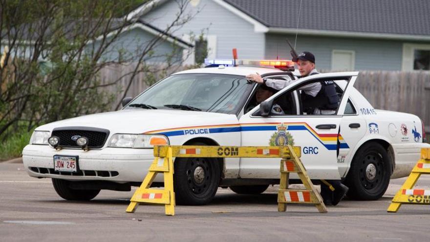 Al menos 16 personas murieron tras un tiroteo en el este de Canadá