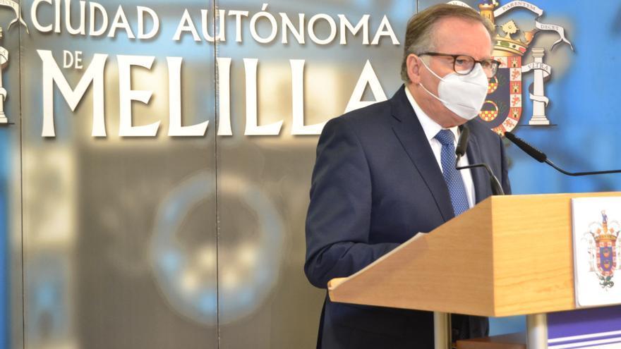 El presidente de Melilla, Eduardo de Castro, en rueda de prensa