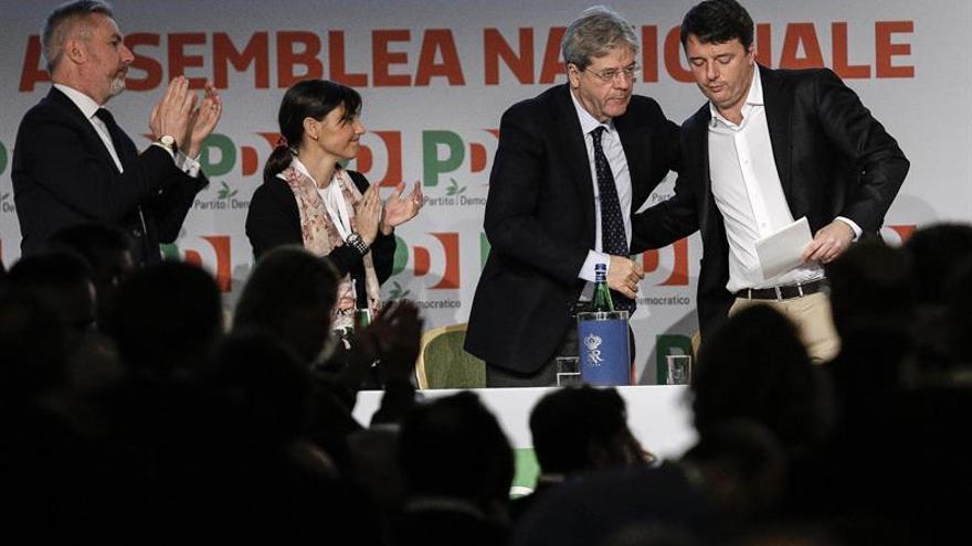 El Partido Demócrata italiano pierde 34 parlamentarios tras la escisión