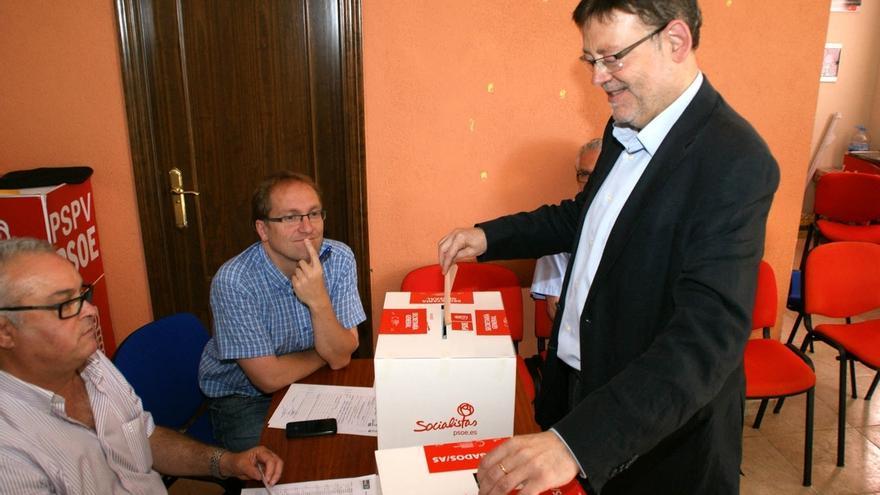 Ximo Puig vota en las primarias del PSOE valenciano en mayo