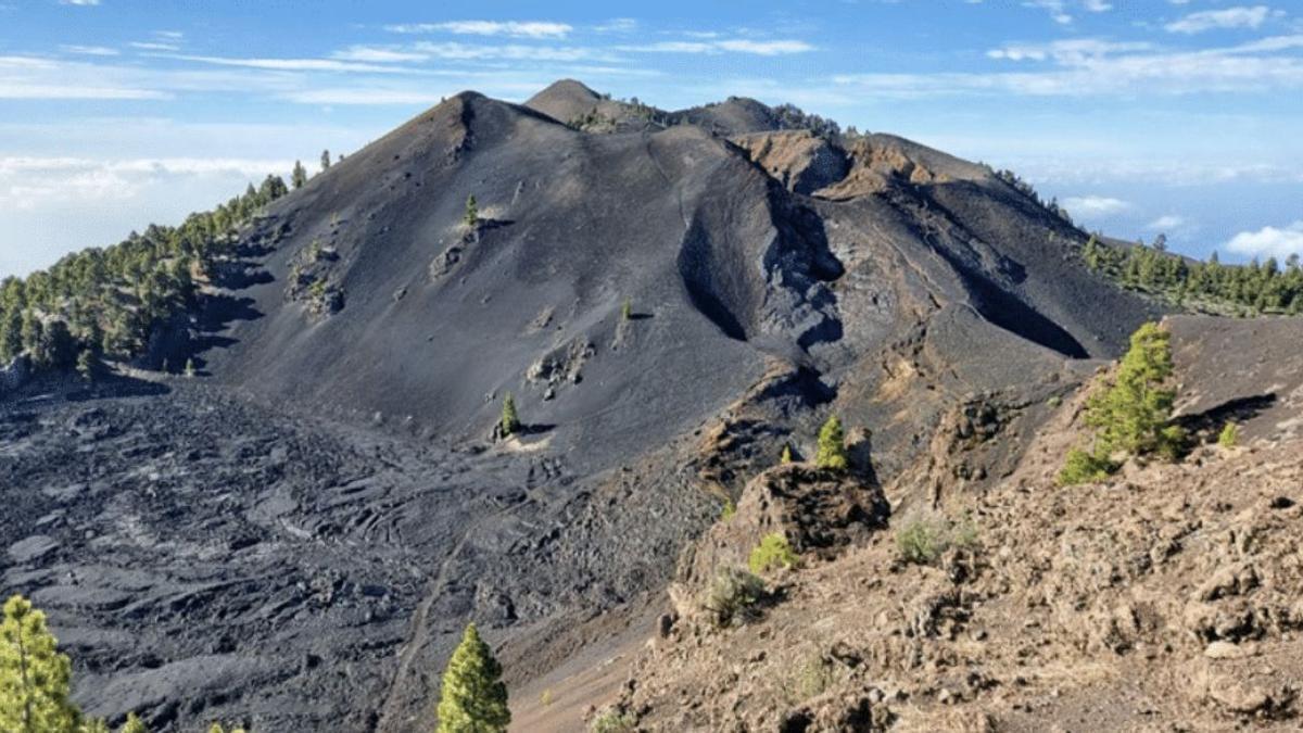 Uno de los entornos por donde discurre la Ruta de Los Volcanes.