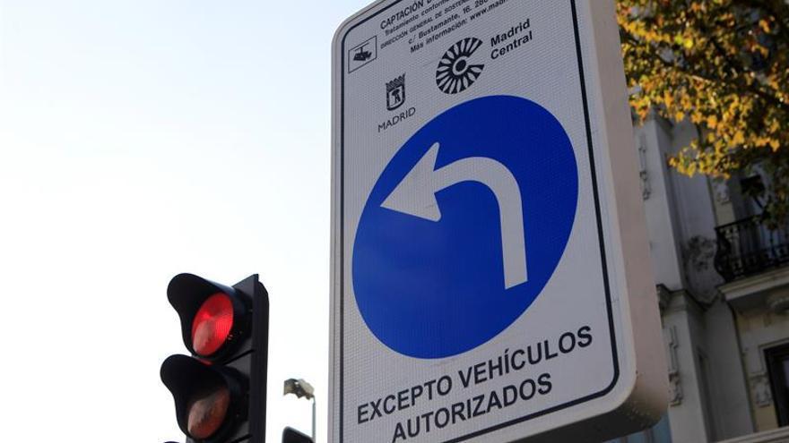 Acceder indebidamente a Madrid Central conlleva desde hoy multa de 90 euros