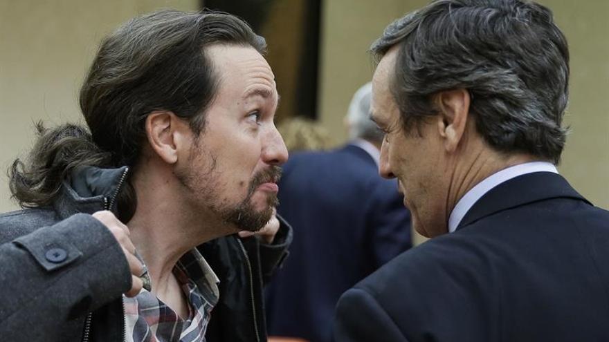 Iglesias se enorgullece de que la presión de Podemos sirva para apartar a F.Díaz