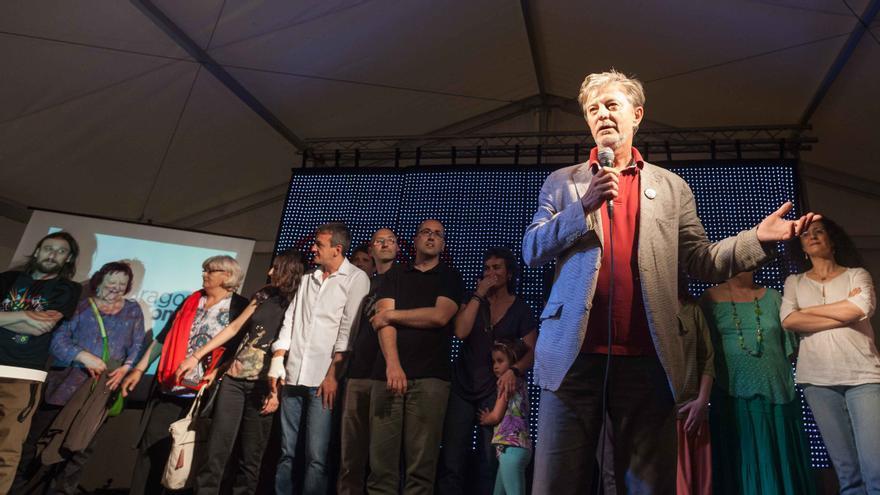 Pedro Santisteve intervieniendo en un acto electoral. Foto: Juan Manzanara