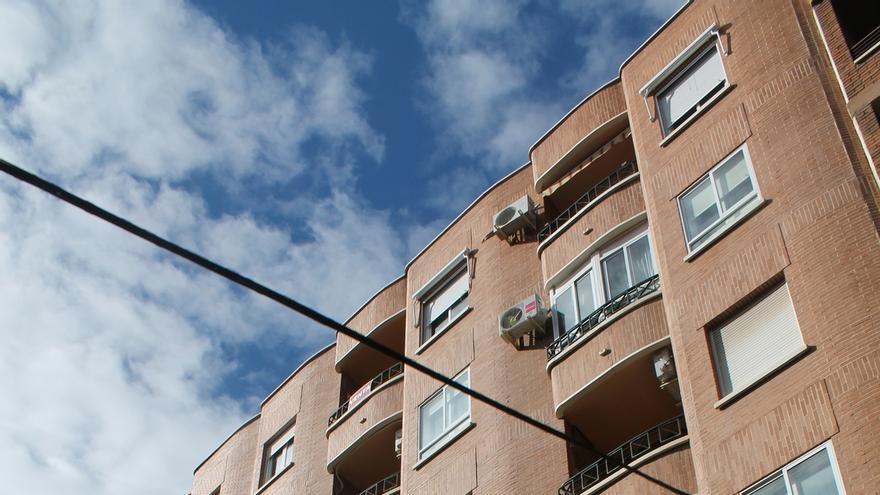 Navarra registra en junio 205 hipotecas sobre viviendas, un 64,9% más que en el mismo mes del pasado año