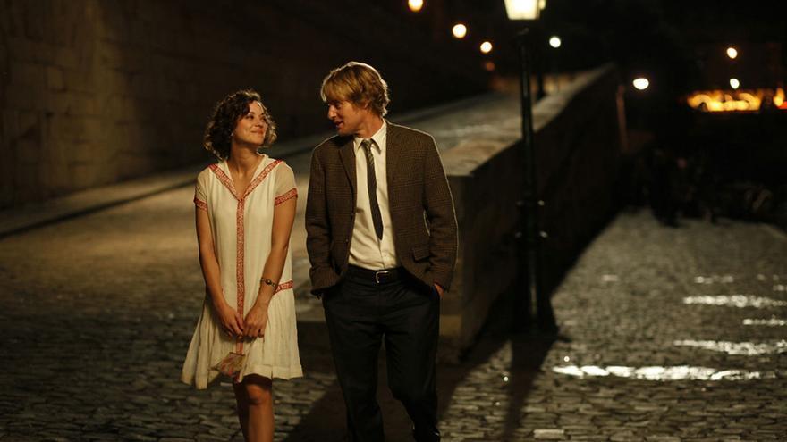 Escena de la película Midnight in Paris.