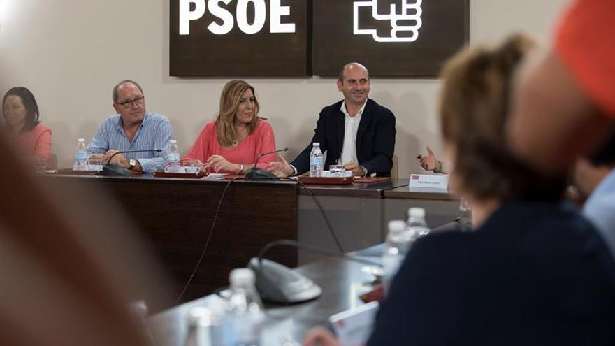 El PSOE-A defiende la abstención para facilitar la investidura de Rajoy