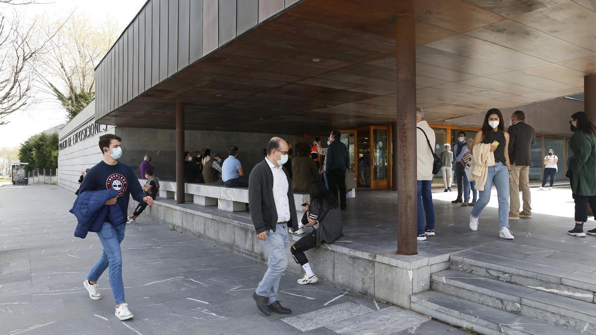 Palacio de Exposiciones y Congresos de Santander donde se ha habilitado un 'vacunódromo'