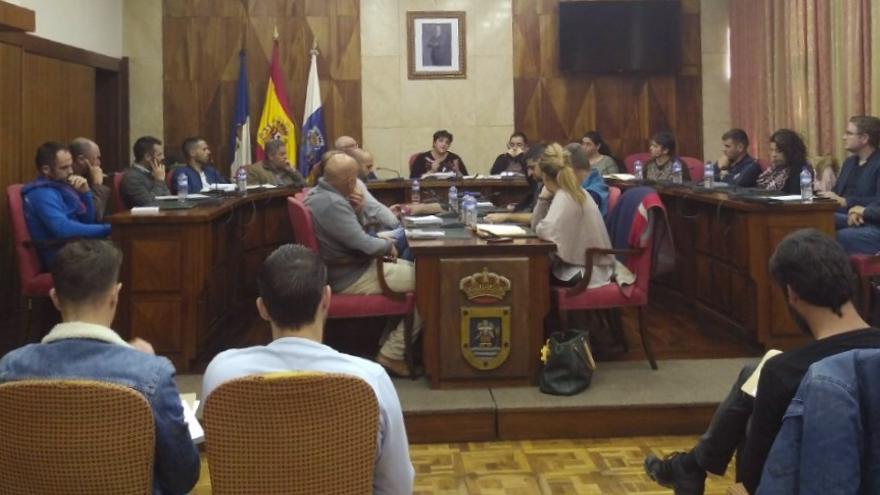 Reunión en el Cabildo con responsables del área de deporte de los ayuntamientos.