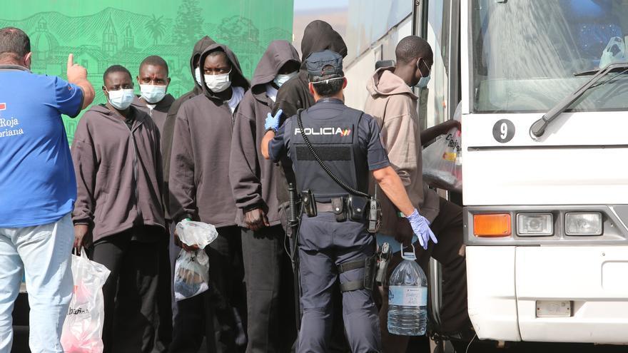 La Unión Europea estudia impulsar nuevas ayudas a España para dar respuesta a la crisis migratoria