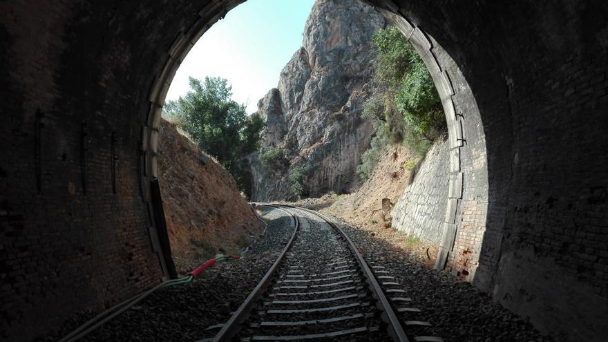 Curva segundo tunel Puentequebrada dirección Granada