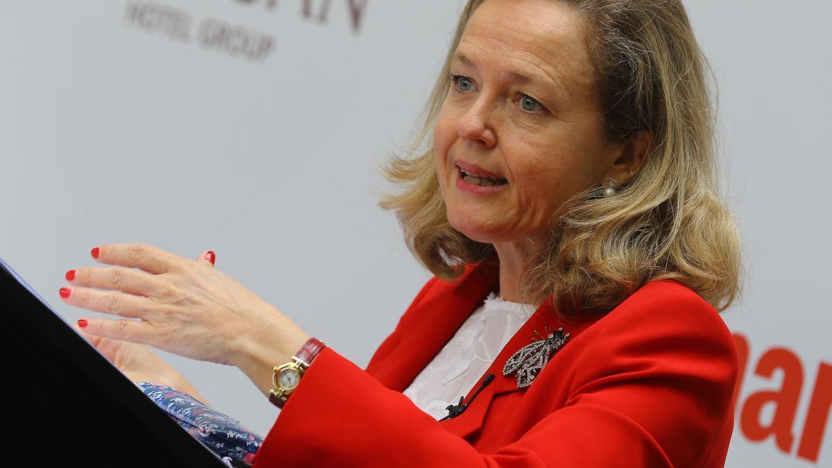 La vicepresidenta segunda y ministra de Asuntos Económicos y Transformación Digital, Nadia Calviño. EFE/ Elvira Urquijo A./Archivo
