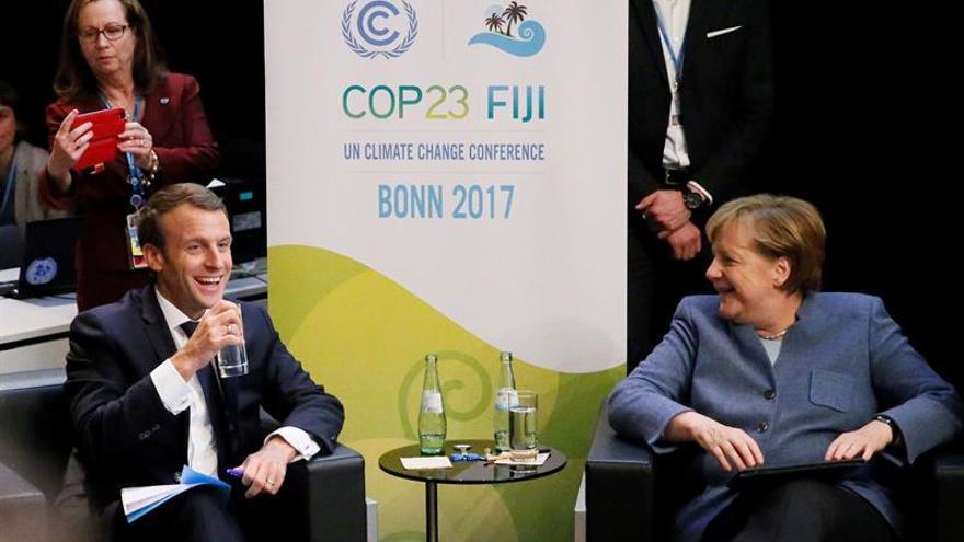 Macrón pide a la UE que supla los fondos que EE.UU. ha cancelado al IPCC