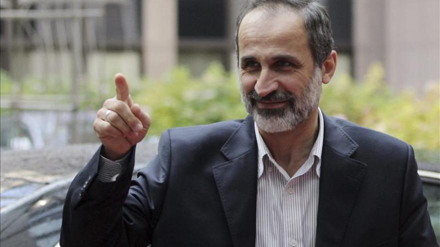 El líder de la oposición siria se muestra dispuesto a dialogar con el régimen