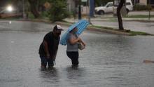 Desalojan pueblos costeros en estado mexicano de Tabasco por ciclón Cristóbal