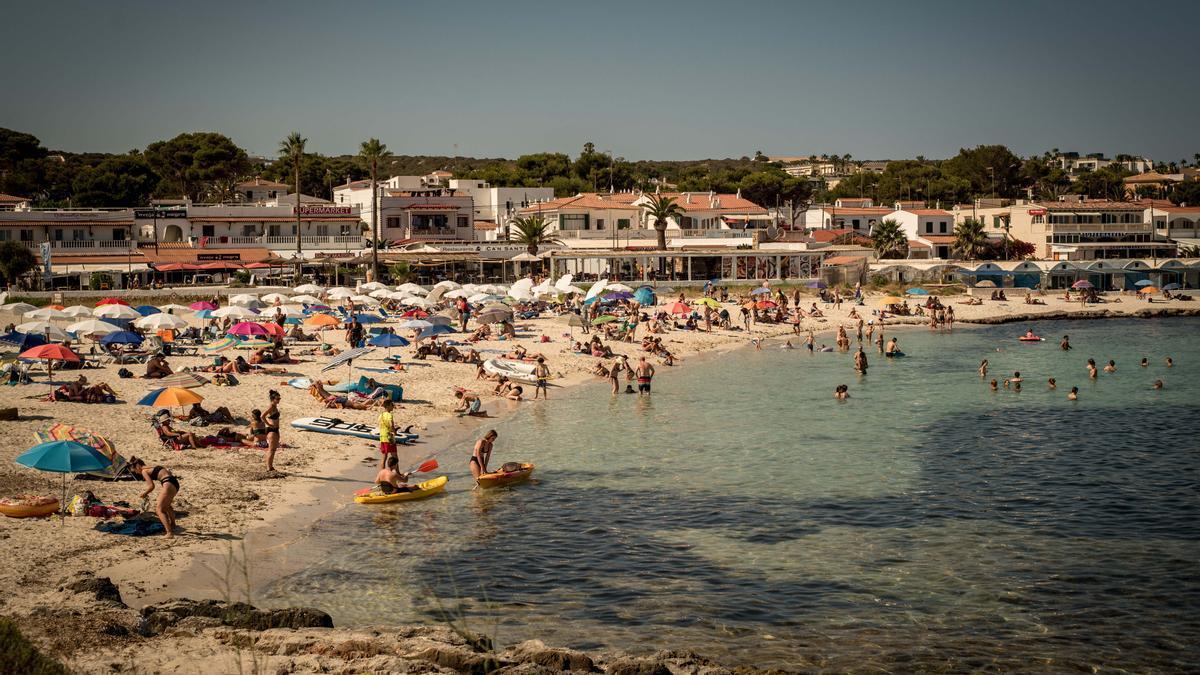 La playa de Punta Prima, al sur de Menorca, el pasado 22 de julio.