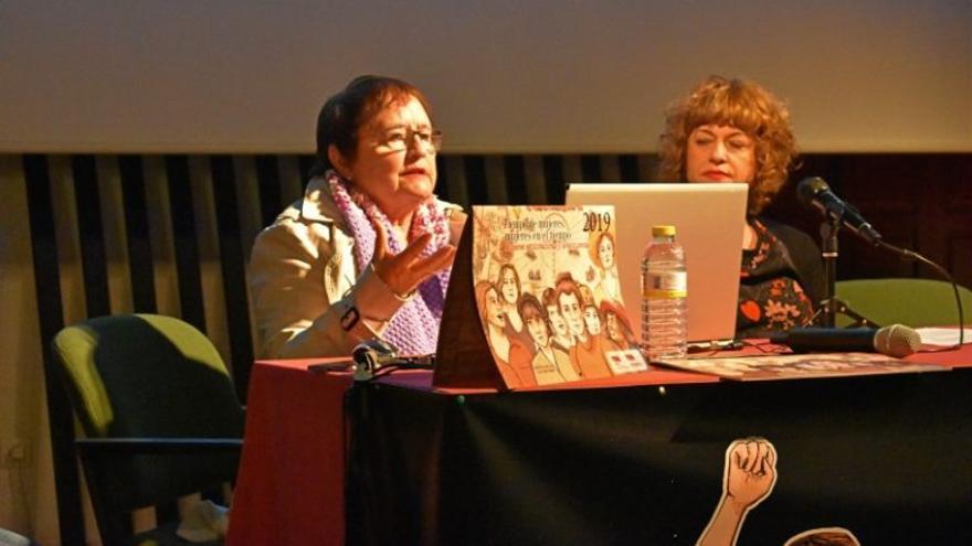 Carmen Arnau en su intervención en la presentación del calendario / Bárbara D. Alarcón