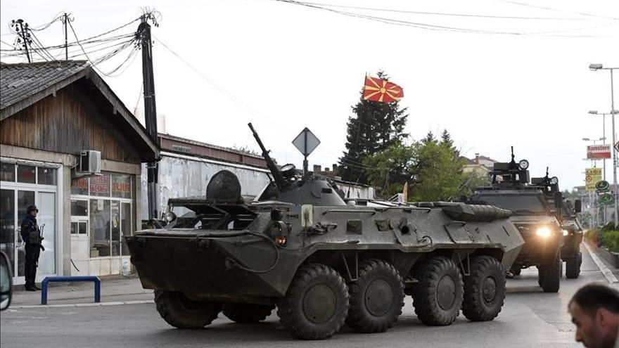 La policía macedonia lanza operación contra grupo armado en el norte del país
