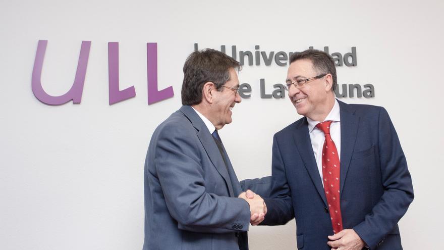 Martinón y Berge, en el acto oficial de este miércoles en la ULL