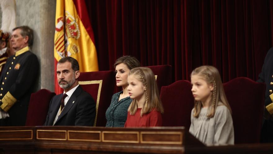 """Rajoy recomienda obviar el desplante al Rey en el Congreso y quedarse con el aplauso de """"la inmensa mayoría"""""""