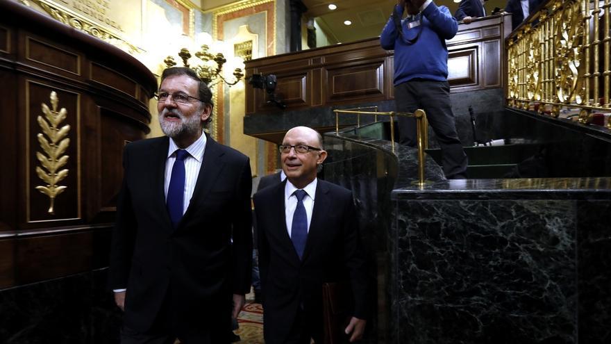 """Rajoy, """"satisfecho"""" tras salvar el primer trámite de PGE, intentará buscar el voto de NC y más grupos"""