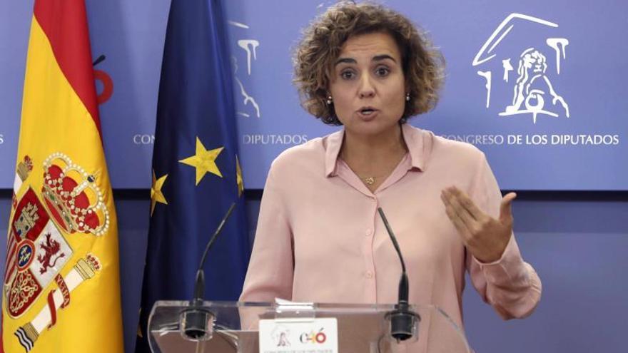 """El PP acusa a Sánchez de estar """"más cerca de Puigdemont"""" que de la Constitución"""