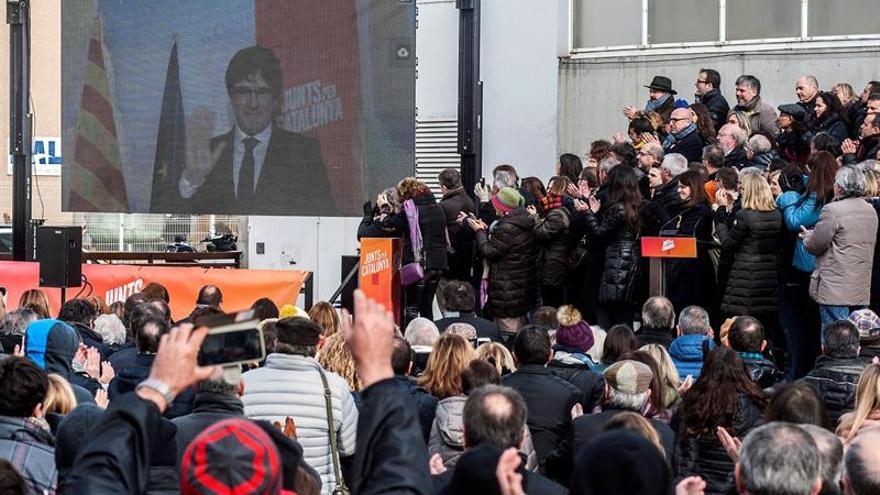 """Puigdemont: """"Encaramos el 21-D como una segunda vuelta del 1-O"""""""