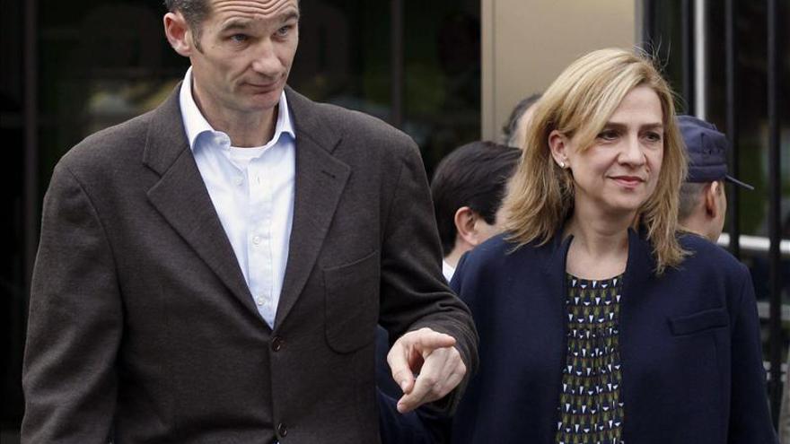Doña Cristina residirá en Suiza por trabajo y Urdangarin seguirá en Barcelona