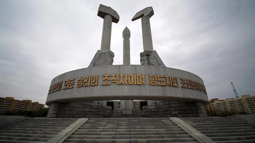 Los delegados del Partido norcoreano llegan a Pyongyang para el VII Congreso
