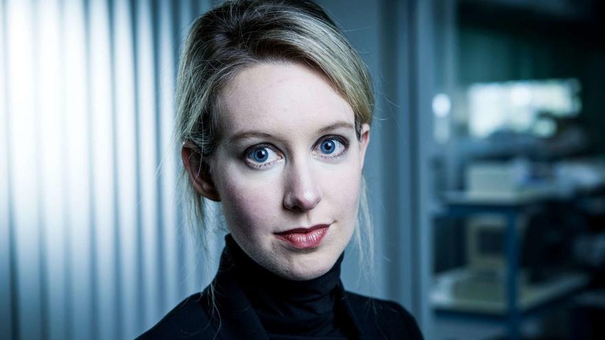 Elizabeth Holmes, fundadora de Theranos, la empresa que prometía revolucionar los análisis de sangre