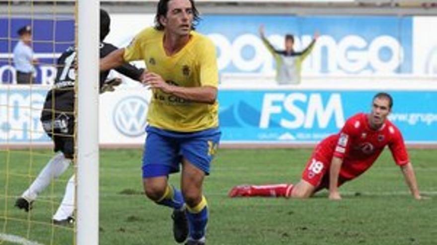 Javi Guerrero, después de marcar el gol. (QUIQUE CURBELO)