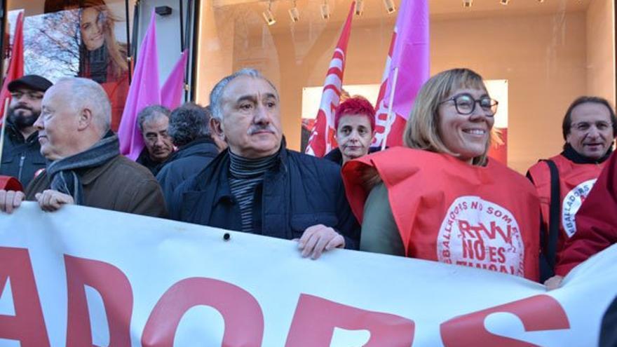 El secretario general de UGT, Pepe Álvarez, en la concentración de los extrabajadores de RTVV en Madrid